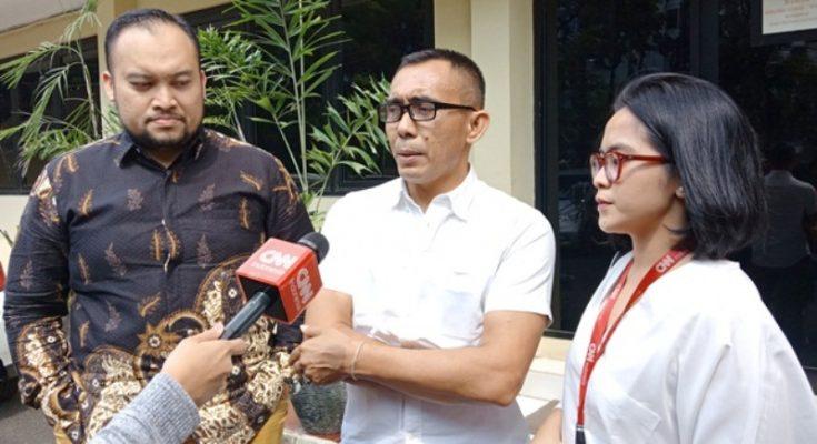 Jurnalis CNN Indonesia TV mengadu ke Propam Polri terkait kekerasan yang dialami saat aksi 22 Mei. (Foto: okezone.com)