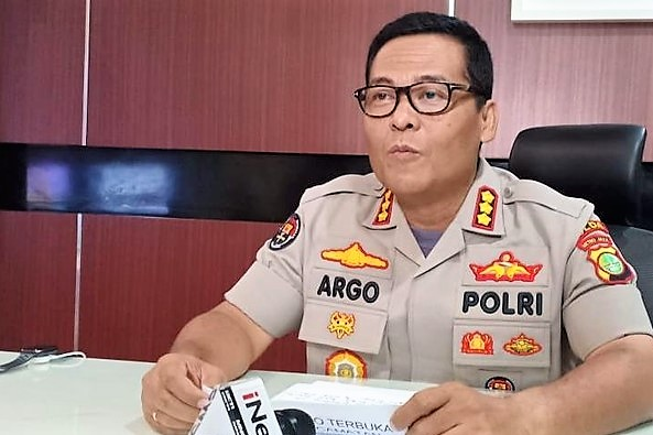 Kabid Humas Polda Metro Jaya Kombes Argo Yuwono mengatakan penangkapan Eggi dilakukan berdasarkan Surat Perintah Penangkapan
