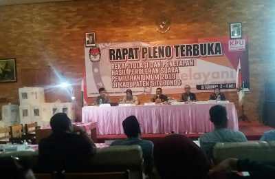 KPU Kabupaten Situbondo merampungkan  pelaksanaan rekapitulasi manual  hasil Pemilu Tahun 2019. (foto:fat)