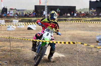 Para rider saat tampil di trail game dirt seri 3 tahun 2019. (foto:fat)