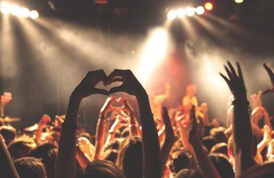 Keriaan dalam pertunjukan musik/Foto: Istimewa