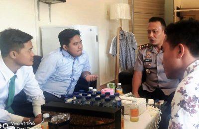 PMII Situbondo dan kuasa hukumnya, saat melakukan audensi dengan Kapolres AKBP Awan Hariono. (foto:fat)