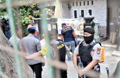 Penangkapan terduga teroris oleh tim densus 88 di Cilincing, Jakarta Utara. (foto:ist)