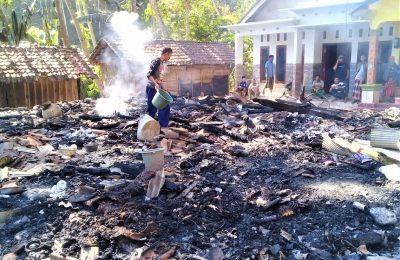 Puing-puing sisa bangunan lima rumah warga yang ludes terbakar. (foto:fat)