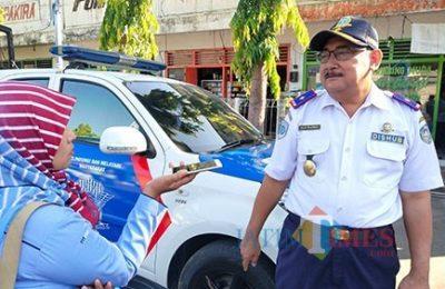 Kepala Dinas Perhubungan (Dishub) Kabupaten Situbondo Tulus Priatmadji. (foto:fat)