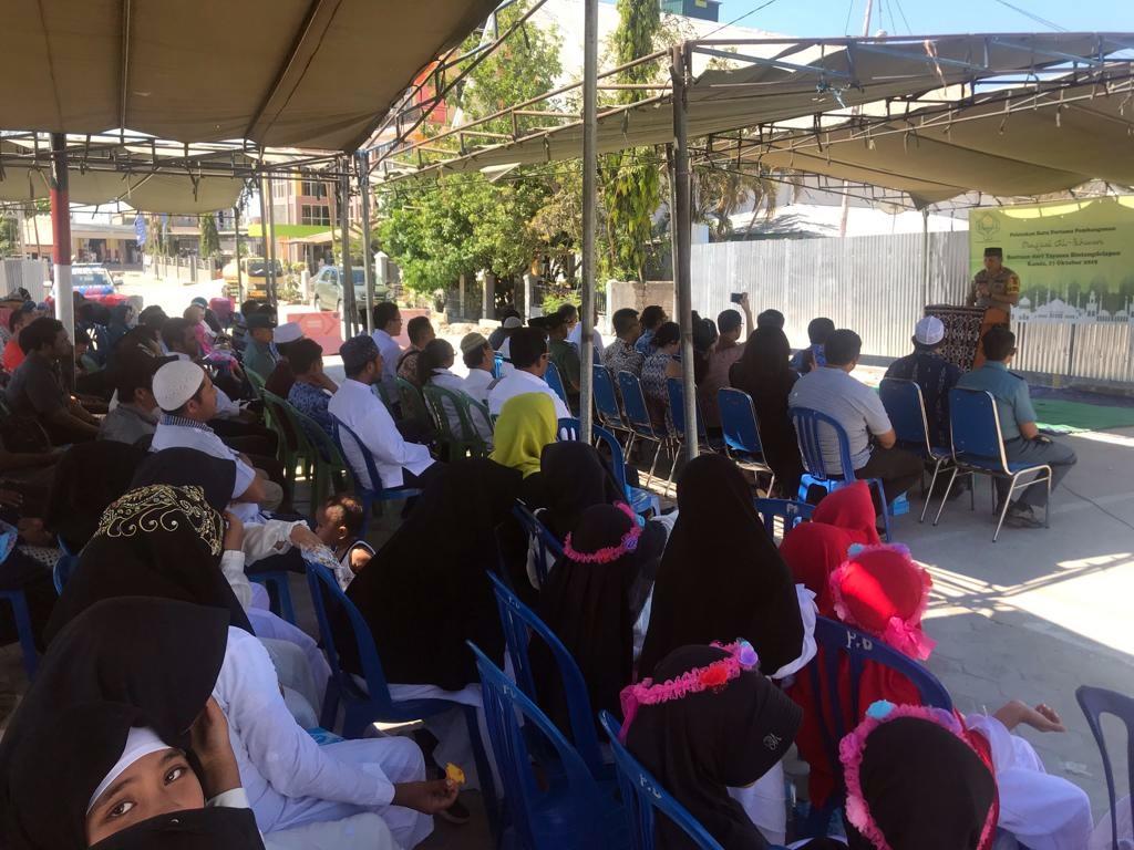 Kapolres Rote Ndao AKBP Bambang Hari Wibowo memberi ceramah tentang bahaya radikalisme. (Ist)
