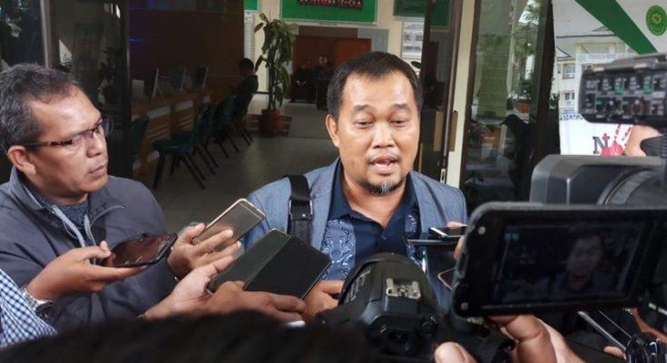 Koordinator Masyarakat Anti Korupsi Indonesia (MAKI) Boyamin Saiman. (Tjg)