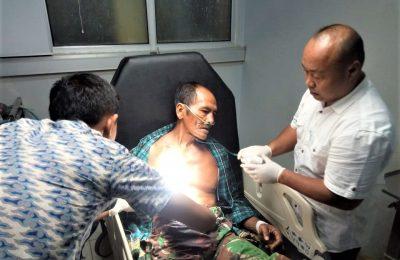 Suhari, saat menjalani perawatan di RSU dr Abdoer Rahem Situbondo. (foto:fat)