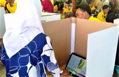 Suasana pelaksanaan Pilkades serentak di Kabupaten Situbondo tahun 2019. (foto:fat)