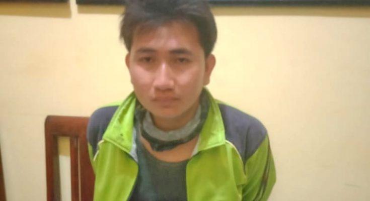 Tersangka Joko Sutrisno saat diamankan. (foto:fat)