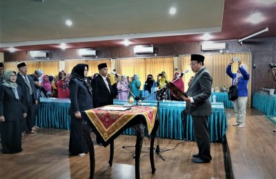 Bupati Situbondo menyegarkan birokrasi pejabat dilingkungan Pemkab Situbondo, yakni melakukan mutasi terhadap sebanyak 14  pejabat tinggi pratama di lingkungan Pemerintahan Kabupaten Situbondo. (foto:fat)