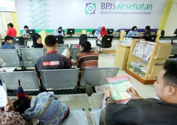 Suasana kantor BPJS Kesehatan Situbondo. (foto:fat)