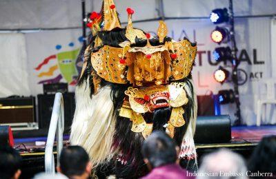 Tari Barong menghibur pengunjung National Multicultural Festival di Canberra, Australia pada 22 Februari 2020. (Ist)