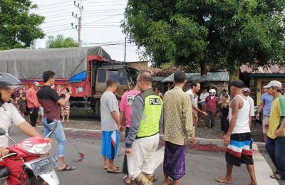 Lokasi tempat kejadian kecelakaan lalu lintas yang menewaskan seorang siswi smp di jalur pantura Situbondo. (foto:fat)