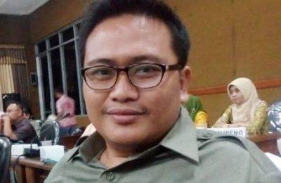 Wakil ketua Komisi II DPRD Kabupaten Situbondo Hadi Priyanto. (foto;fat)
