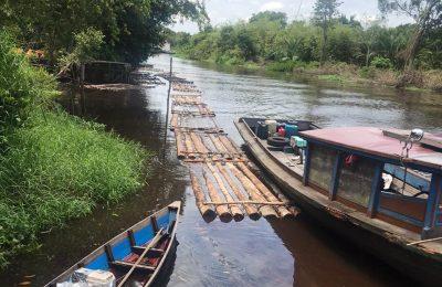 lokasi swamil dan kayu gelondongan yang diangkut melalui jalur sungai