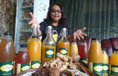 Oktavia Purnawati Wijayaningrum, produsen jamu rempah asal kota Madiun, Jawa Timur.