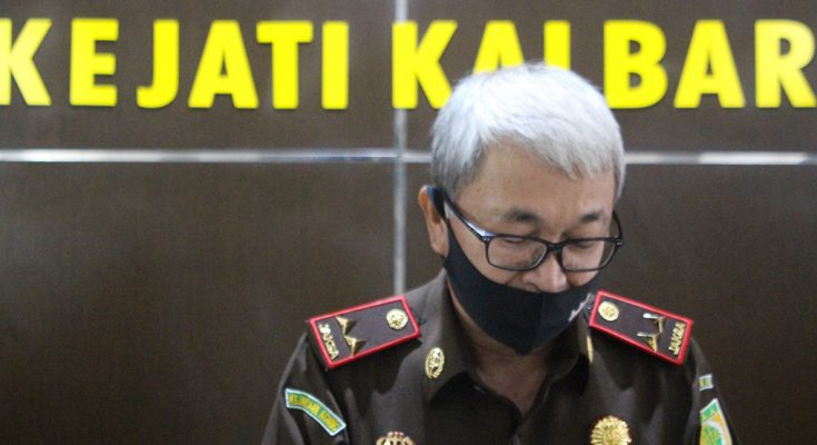 Kepala Kejaksaan Tinggi Kalimantan Barat, Dr. Jaya Kesuma SH, M.Hum. (foto:das)
