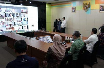 Menkes Terawan Agus Putranto menggelar kegiatan halal bihalal virtual di lingkungan Kementerian Kesehatan, Rabu (27/5/2020). (Ist)