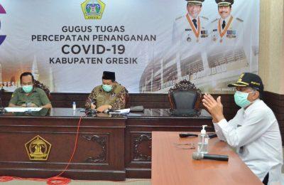 Komandan Satgas Covid-19 Gresik, Bupati Sambari Halim Radianto berikhtiar keras memutus mata rantai penyebaran virus corona. (foto:dik)