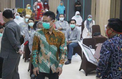 Wali Kota Pontianak Edi Rusdi Kamtono usai menghadiri syukuran atas kesembuhan pasien Covid-19 di Hotel Kapuas Palace, Kamis (4/6).(foto:das)