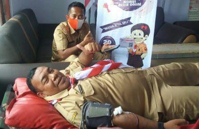 Kegiatan donor darah yang dilaksanakan di sekretariat Kwarcab Pramuka Situbondo.