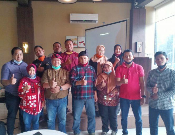Persatuan Orang Melayu (POM) Kalimantan Barat melaksanakan silaturahmi dan sinergitas dengan para jurnalis di kota Pontianak,